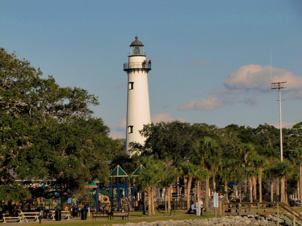 simons island lighthouse